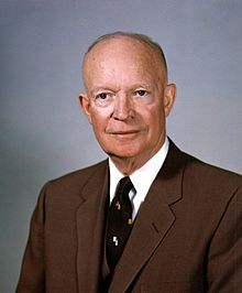 Dwight_D._Eisenhower,_White_House_photo_portrait,_February_1959