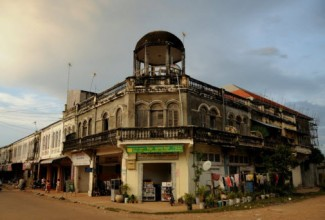 kratie_colonial_french_building